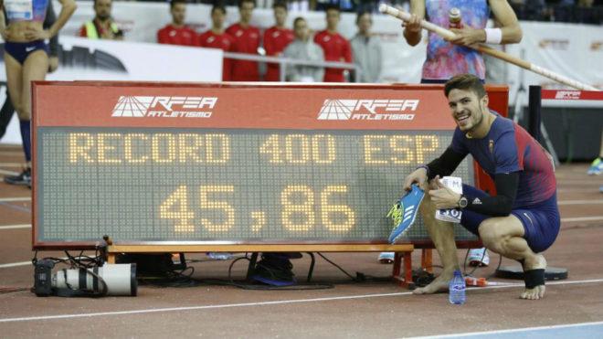 Husillos muestra su récord de España indoor.