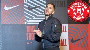 Hazard, durante el acto de Nike