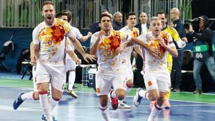 Los jugadores españoles celebran el triunfo ante Kazakistán