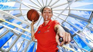 Laia Palau posa durante una concentración de la selección femenina.
