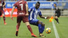 Wakaso controla un balón contra el Eibar