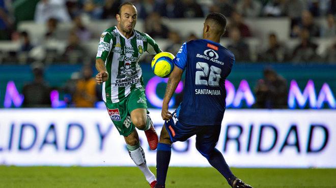 Donovan tuvo sus primeros minutos en México