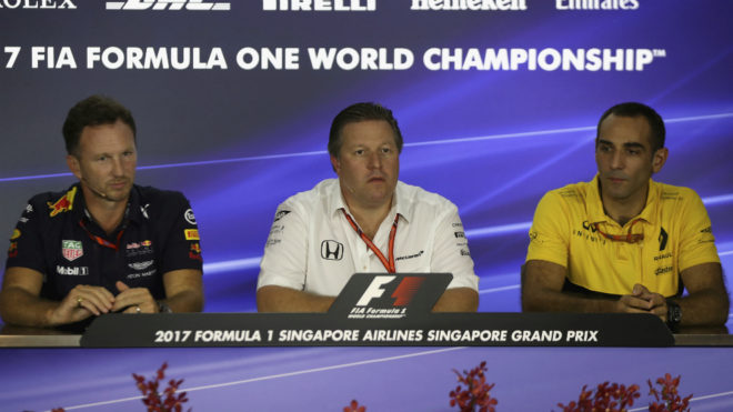 Christian Horner (Red Bull), Zak Brown (McLaren) y Cyril Abiteboul...