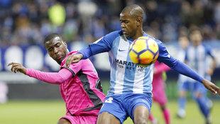 Rolan durante el partido de la Liga Santander, en la jornada 14,...