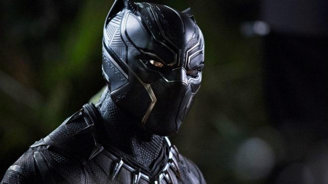 Chadwick Boseman será el primer superhéroe negro en protagonizar un...