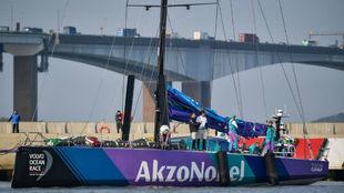 El holandés 'AkzoNobel', que colidera la sexta etapa.