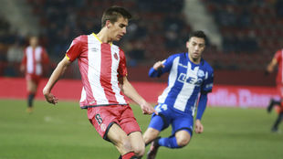 Pere Pons durante un partido con el Girona