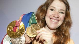La ciclista y patinadora canadiense Clara Hughes.