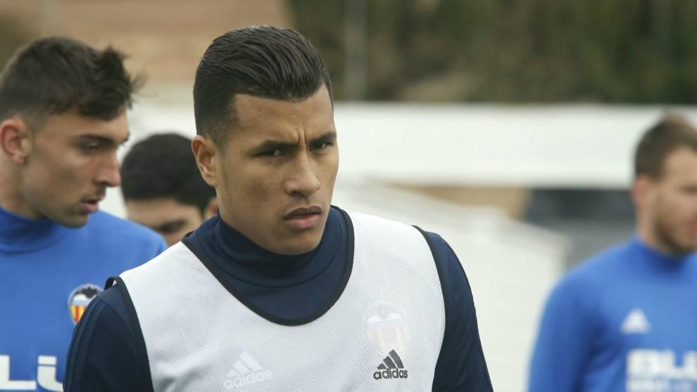 Jeison Murillo, en el entrenamiento del Valencia este miércoles.