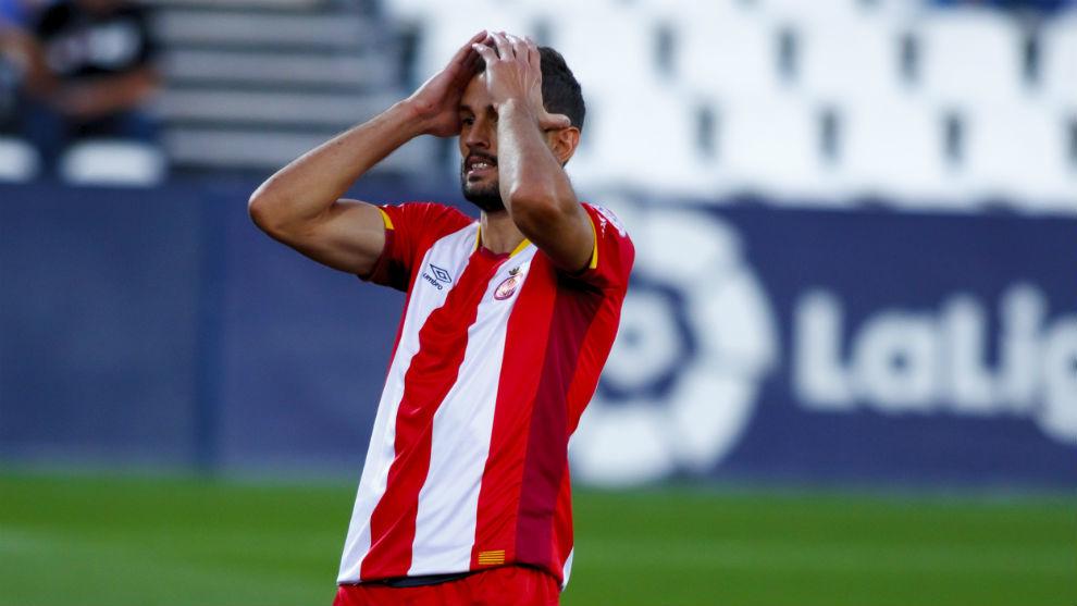 Stuani durante un partido con el Girona
