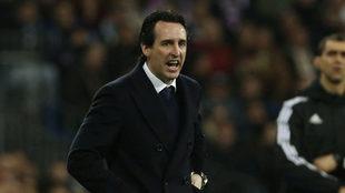 Unai Emery, durante el partido en el Bernabéu.