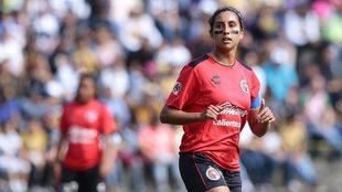 Patricia Gutiérrez, en un partido de la Liga femenil