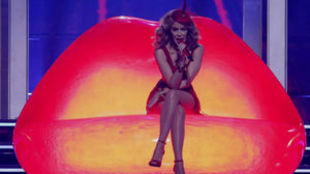 Kylie Minogue, la cantante australiana, durante un concierto