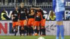 Los jugadores del Valencia celebrando la remontada ante el Málaga.
