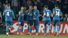 Los madridistas celebran el gol de Cristiano
