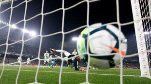 Gol de Asensio en el Villamarín