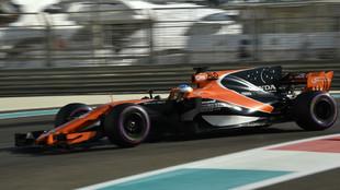 Alonso, con el MCL32