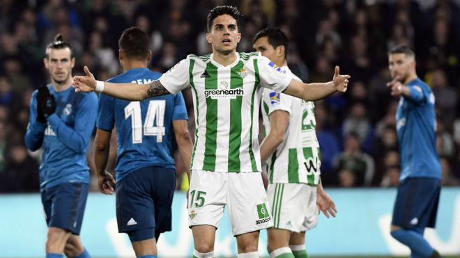Marc Bartra, durante el partido contra el Real Madrid.