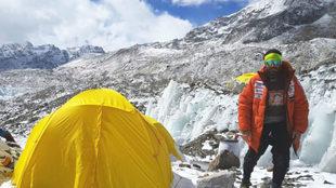 Alex Txikon, en el Everest.