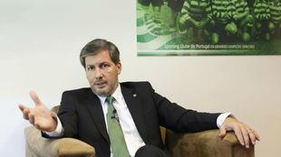 El presidente del Sporting de Portugal, Bruno de Carvalho, durante una...