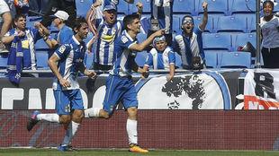 Gerard Moreno y Granero celebran un gol contra el Dépor, en el...