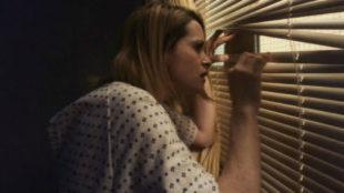 Claire Foy interpreta el papel de una chica que acaba internada en un...
