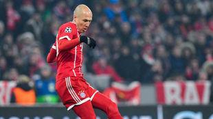Robben en un momento del partido ante el Besiktas