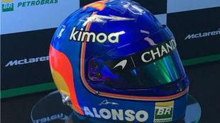 El nuevo casco de Alonso.