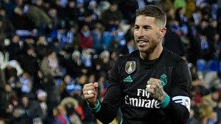 Sergio Ramos, capitán del Real Madrid celebrando su gol de penalti