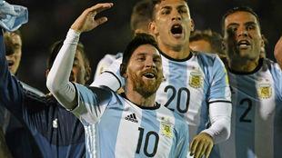 Messi celebra la clasificación argentina para el Mundial.