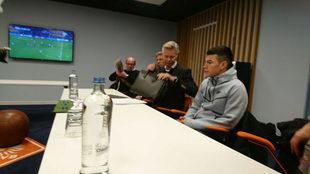 Audiencia del Chucky en las oficinas de la KNVB.