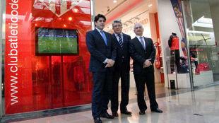 David Pérez y Enrique Cerezo, en la inauguración de la tienda...