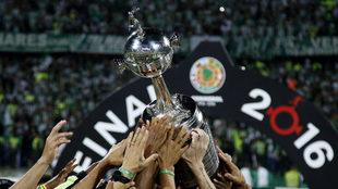 La final de la Copa Libertadores se disputará a un juego.