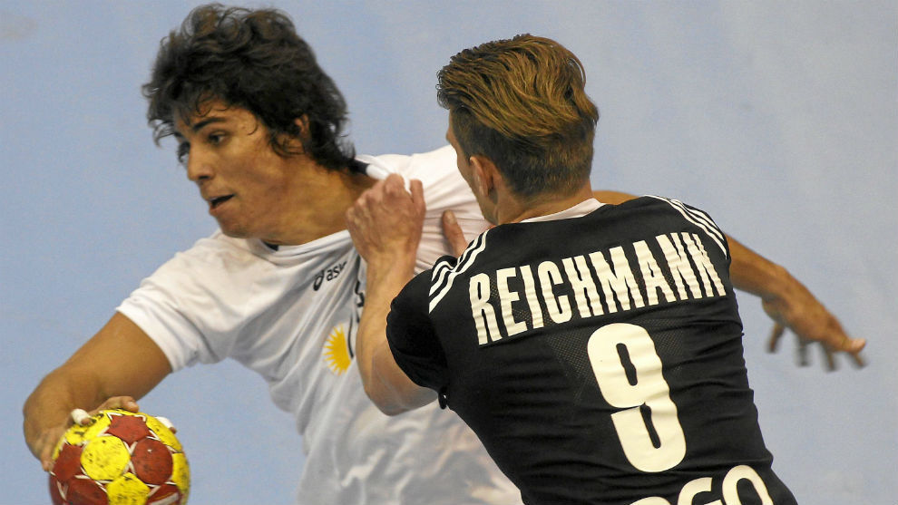 Diego Simonet, en un encuentro con la selección argentina.
