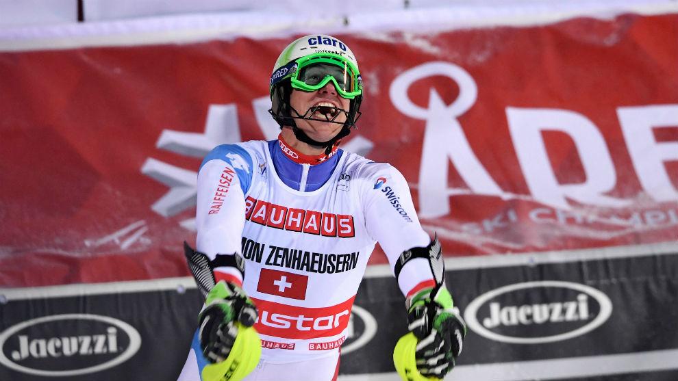 Ramon Zenhäusern, tras ganar el oro en la prueba por equipos.