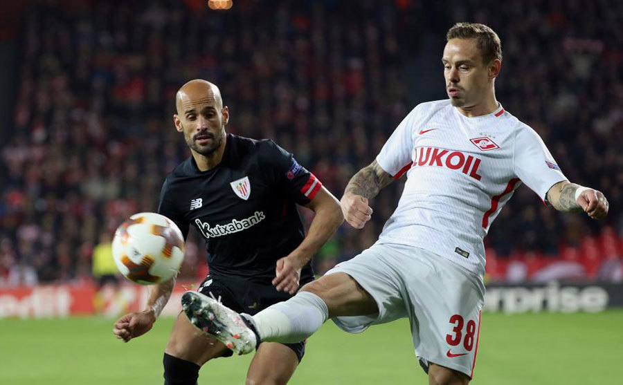 Mikel Rico en el partido contrael Spartak