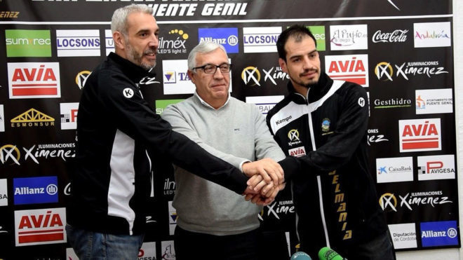 Quino Soler, Mariano Jiménez, presidente del club, y Javier Ollero.