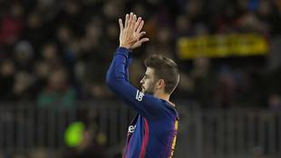 Piqué, en el momento de ser sustituido en el Barça-Girona.