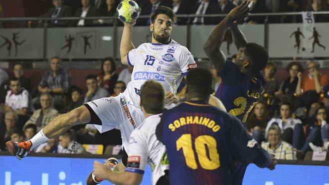Juanjo Fernández durante el partido ante el Barcelona