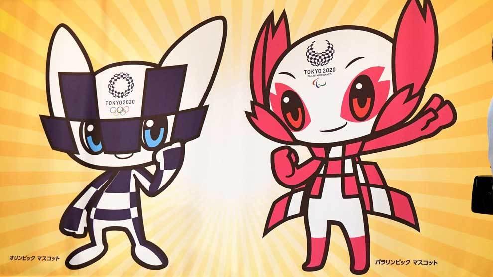 Dos personajes de estética futurista e inspirados en el anime han...