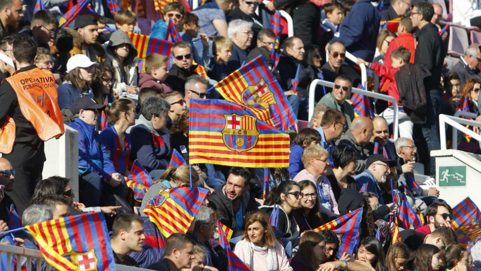 Gradas del Mini Estadi durante un partido de Champions League...