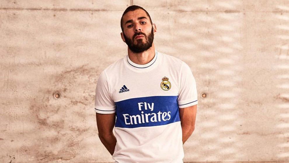 Real MadridLa prenda acaba de ser presentada y está disponible en edición  limitada 34eecc03bafc1