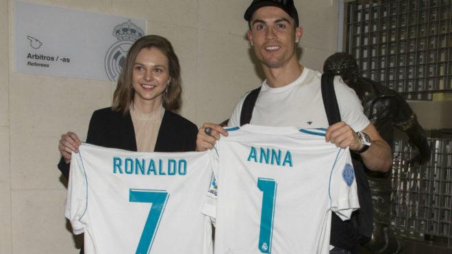 Cristiano Ronaldo y Anna Muzychuk intercambiaron camisetas del Real...