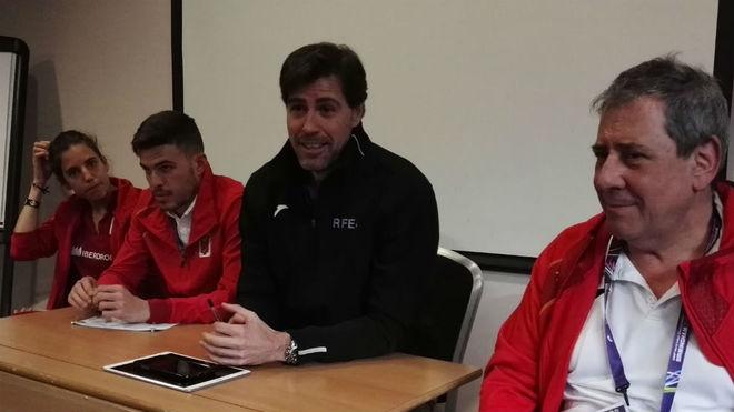 Marta Pérez, Óscar Husillos, Raúl Chapado y Ramón Cid, en rueda de...