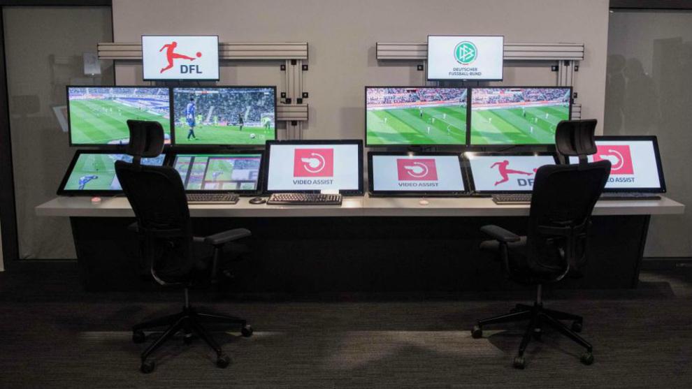 Sale de visionado de el VAR en la Bundesliga