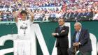 Kaká, el día de su presentación con el Madrid en el Santiago...