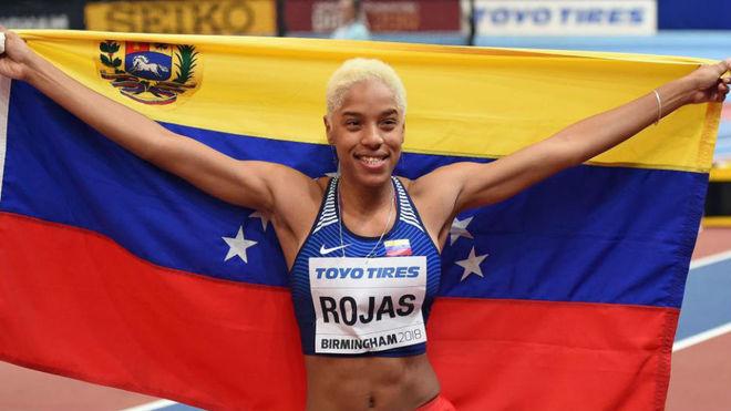 Yulimar Rojas celebra el oro en triple en Birmingham