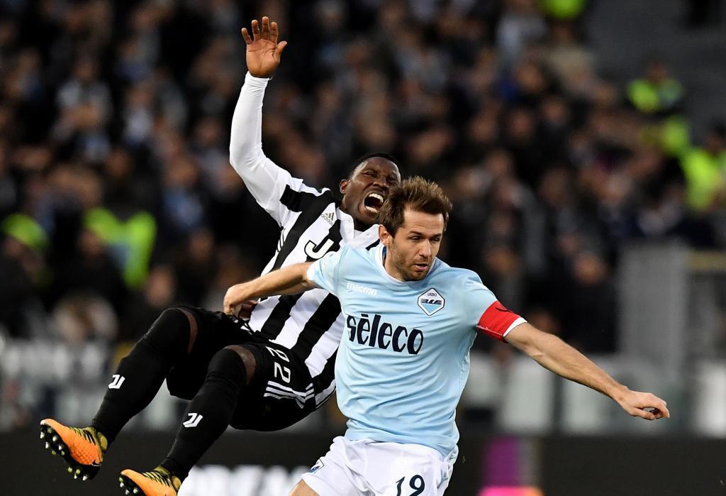 Un golazo agónico de Dybala dejó a Juventus al acecho de Napoli