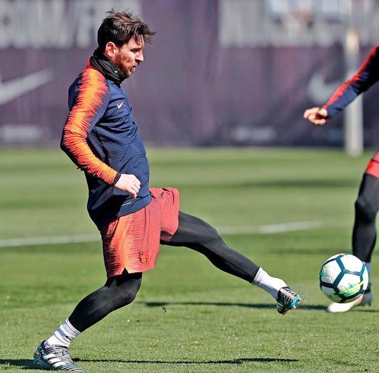 Malas noticias para la selección Leo Messi lesionado!!