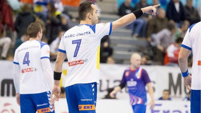 Marc García durante el partido